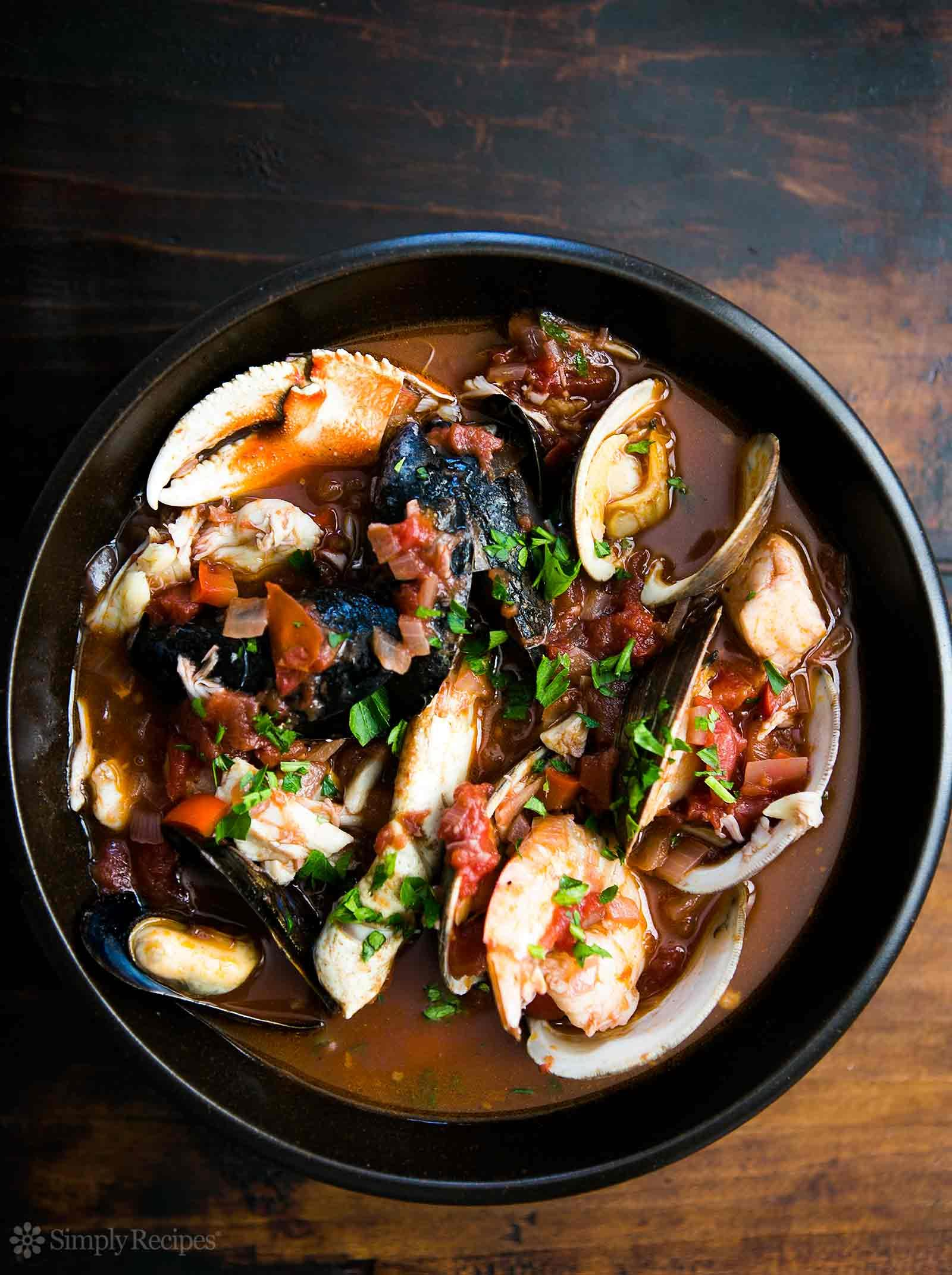 https://sites.google.com/a/signaturetastes.com/smokealarmmedia/recipes/tadich-grill-cioppino
