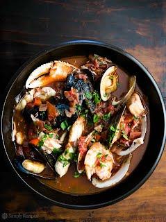 https://sites.google.com/a/signaturetastes.com/smokealarmmedia/recipes/tadich-grill-cioppino