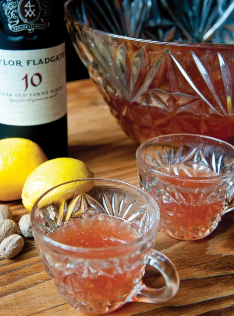 https://sites.google.com/a/signaturetastes.com/smokealarmmedia/recipes/trafalgar-punch